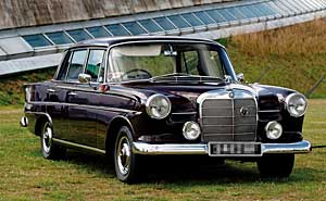 Mercedes Benz 190 (File). Photo: pyntofmyld/flickr (CC BY 2.0)