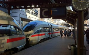 A German ICE train at Copenhagen central station. Photo: Berlinow