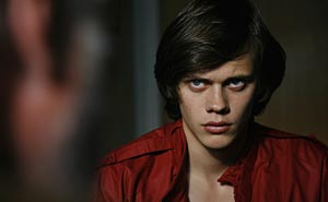 "Bill Skarsgård in ""Behind Blue Skies"". Photo: Göran Hallberg/Nordisk Film"