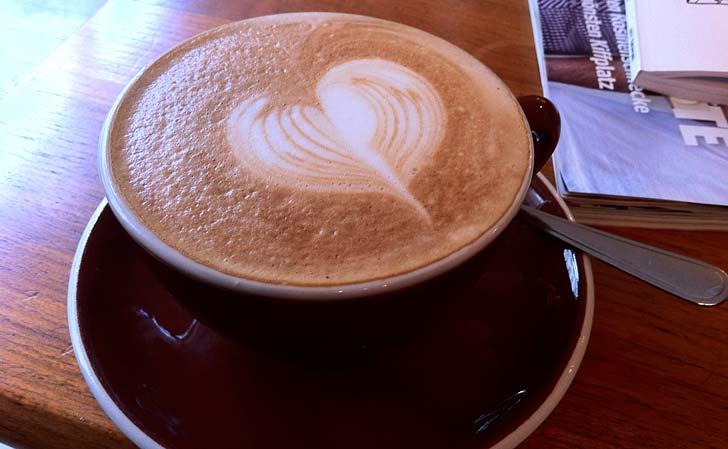 Cappuccino from Godshot, Prenzlauer Berg. Foto: Berlinow.com