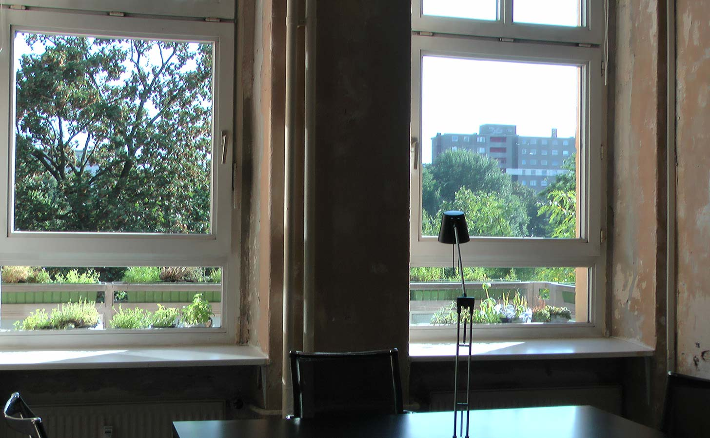 Office with park view at Nest Co-working, Berlin. Photo: Berlinow
